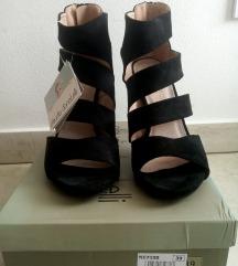 Crne sandale 39 br