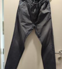 Muške hlače vel.32