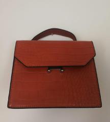 Elegantna kožna torbica