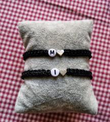Pletene narukvice sa inicijalom