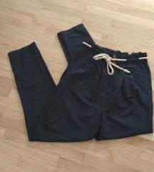 NOVO Reserved hlače visoki struk