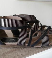 Le EDO sandale