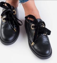 Sniženje 250+ pt Crne Guliver kožne cipele Oxford