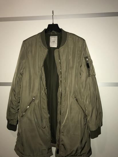 Bershka (duža) jakna