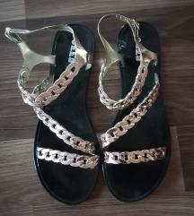 Gumene ravne sandale, nove✨-30%✨