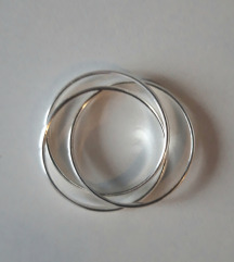Trostruki spojeni srebrni prsten, NOVO