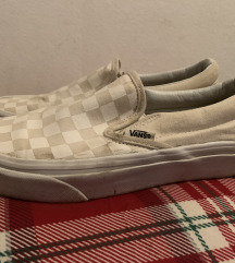 Vans checkerd slip on