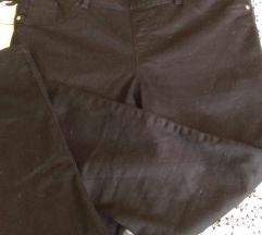 Nove hlače s elastinom vel.M