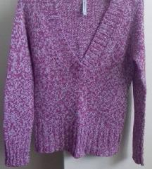 Roza-bijeli pulover
