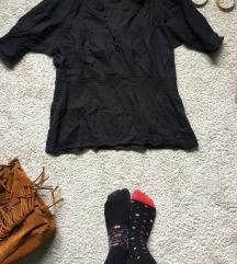 Poklanjam crnu etno majicu!