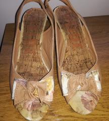 Smeđe sandalice