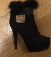 Čizme / visoka peta