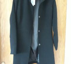 Novi crni jesenski kaput
