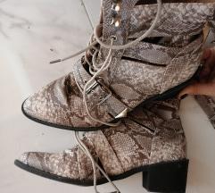 Super cizme 200 kn