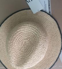 Zara šešir M