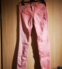 Nove skinny  Benetton hlače vel 34