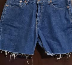 Levi's kratke hlače nove