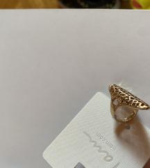 Prsteni