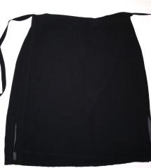 crna suknja na preklop