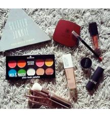 Lot šminka