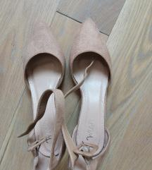 Bez cipele salonke