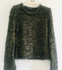 Maslinasto crni čupavi pulover vel M