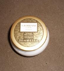 Giordani Gold Essenza Oriflame krema