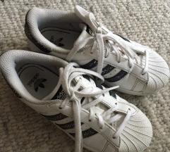 Adidas Superstar vel 31