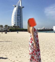 Duga cvjetna plisirana haljina bez leđa