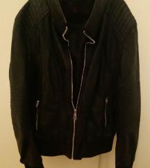 Crna jakna od umjetne kože