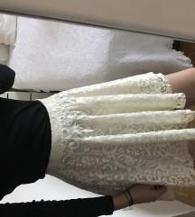 Cipkasta suknja