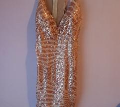 Prekrasna zlatna haljina