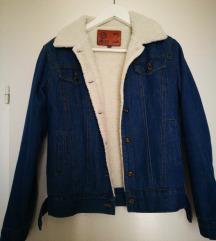 Podstavljena traper jakna