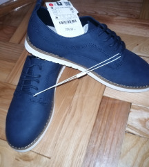Sako, remen, hlače i cipele