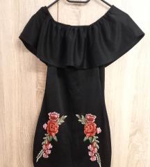 Crna haljina s ružama*