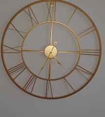 Zlatni zidni sat
