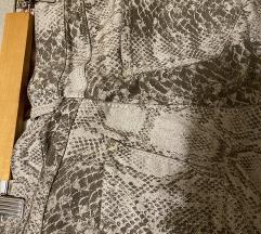 Snake print traperice
