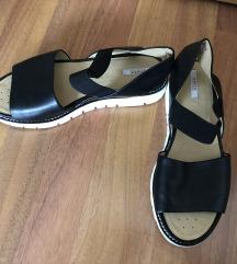 Geox crne kožne sandale vel. 37
