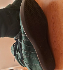 Zelene čizme patike