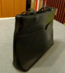 Crna torbica samo 20 kn!!!
