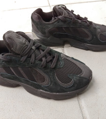 Crne Adidas tenisice Yung-1 br. 43/44,  US10