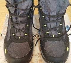 Buce / tenisice cipele za snijeg vel. 46