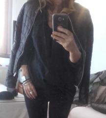 Only crna prestepana 'kozna' jaknica