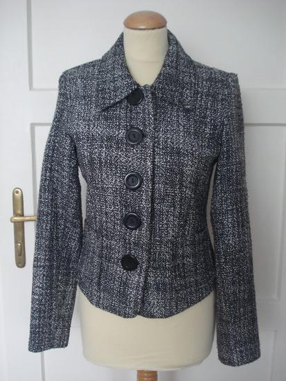 crno bijela jaknica