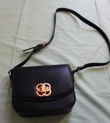 Nova crna mala torbica