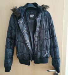 Jesenska jakna s kapuljačom