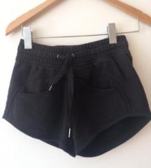 Adidas Stella McCartney kratne hlače