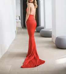 Svečana haljina od svile