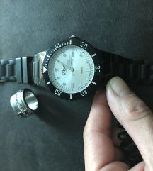 Crni gumeni sat
