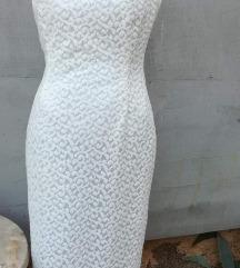 Duga bijela čipkasta haljina 70 kn